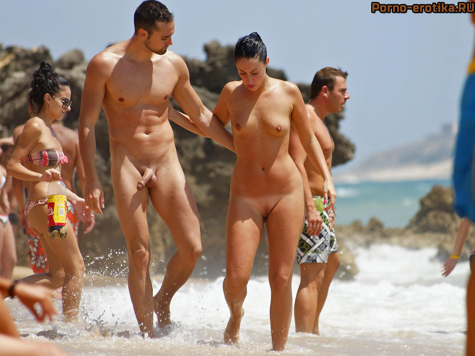 много голых девушек в фотосессии