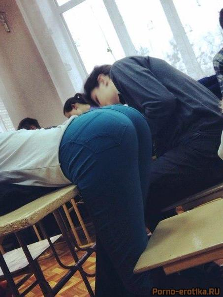 попки школьниц русских фото