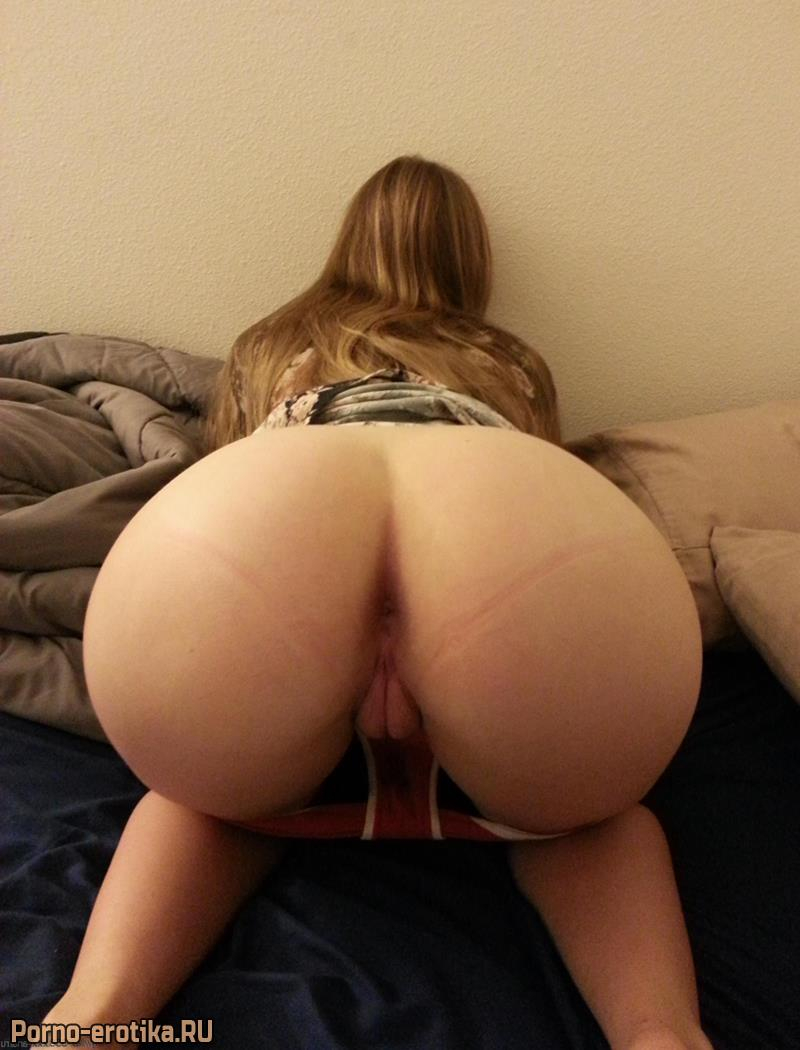 большое фото голых жоп женщин