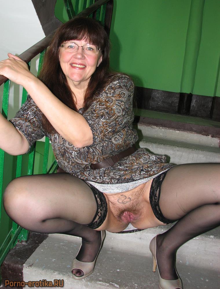 Киска ххх телеведущие женщины под юбкой видео сперма
