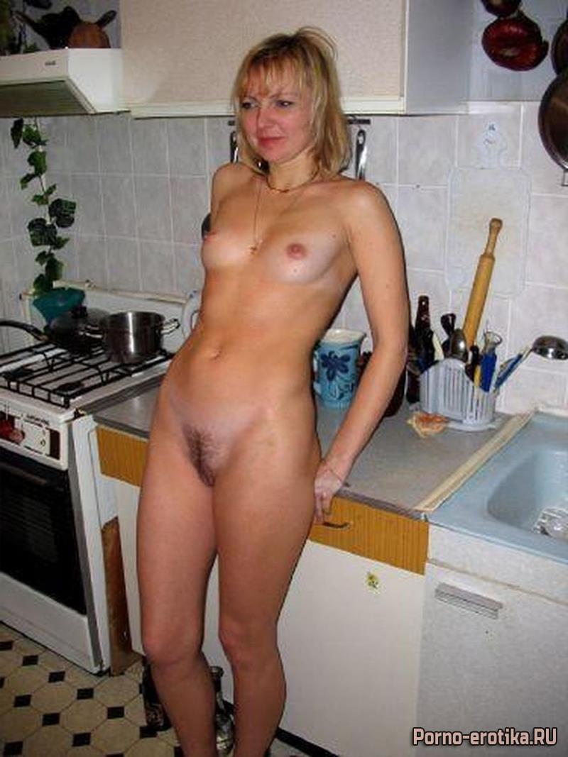был на кухне домашнее эротика уселась него, разкинула
