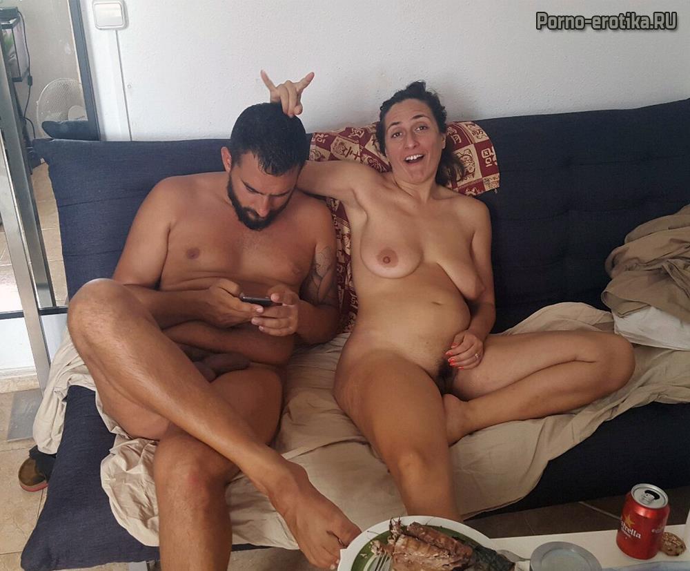 Сестра с сестрой голые фото, Брат трахает родную сестру в попку 14 порно фото 1 фотография