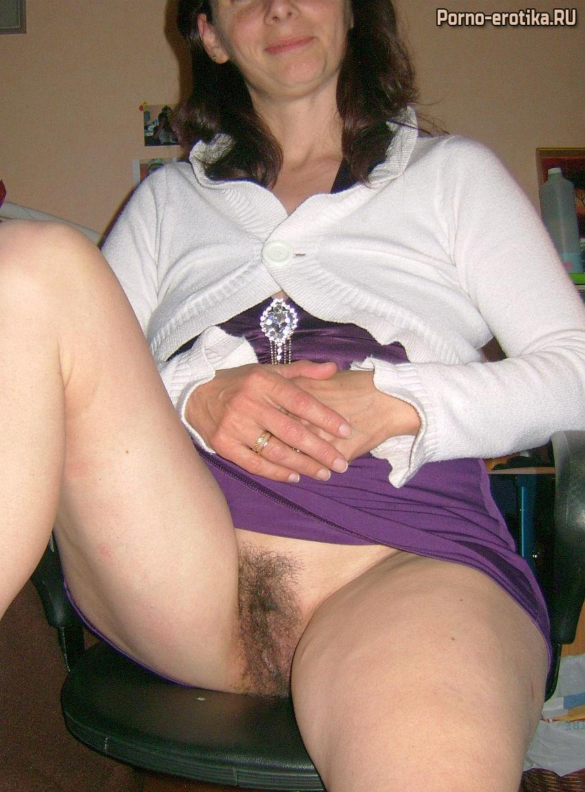 Up skirt hairy