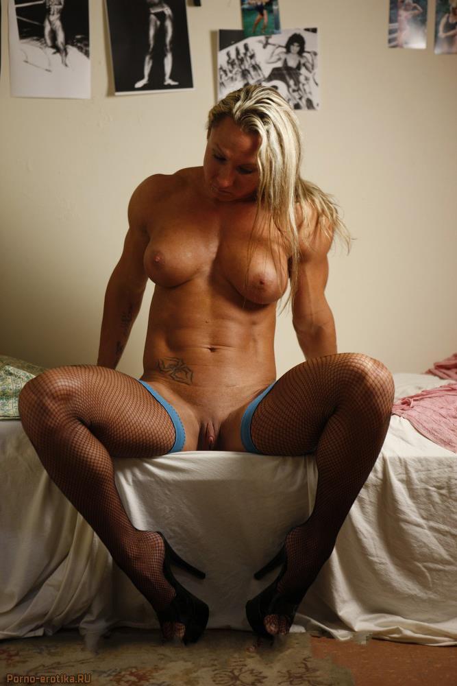 Домашние фото голых накаченных девушек