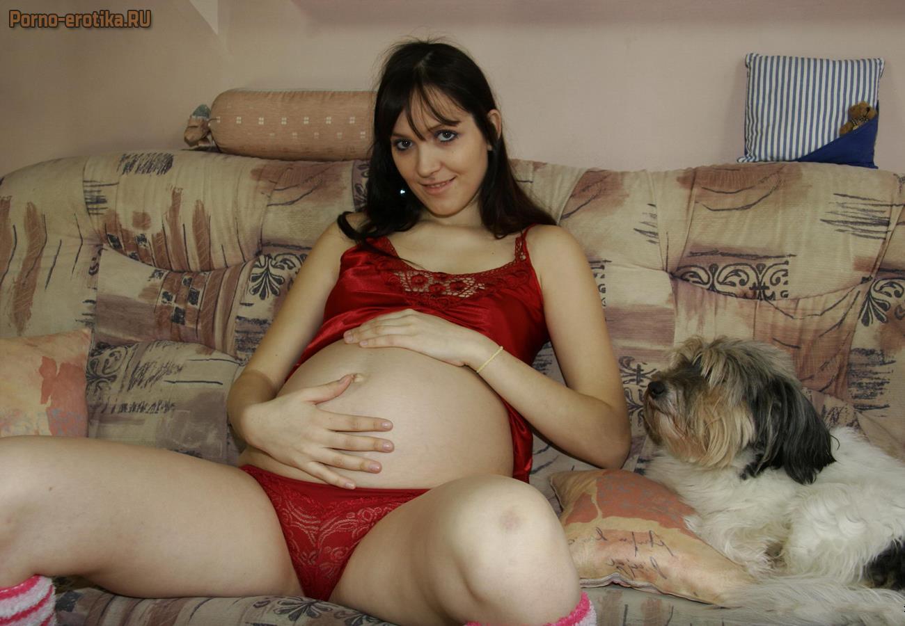 Беременная дочка и мама порно