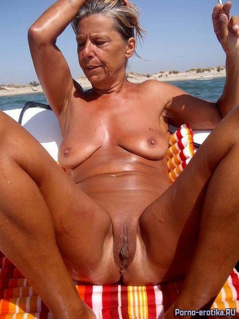 Old lady nudist sex