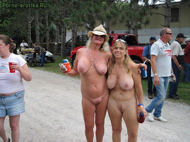 фото зрелых женщин обвисшие сиськи