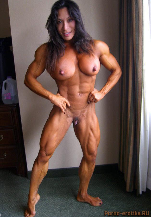 голая девушка культуристка фото