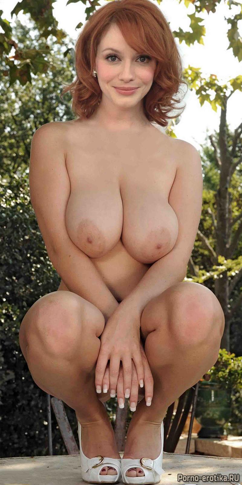 Две девушки очень красивые с очень красивыми попочками и сиськами порно видео