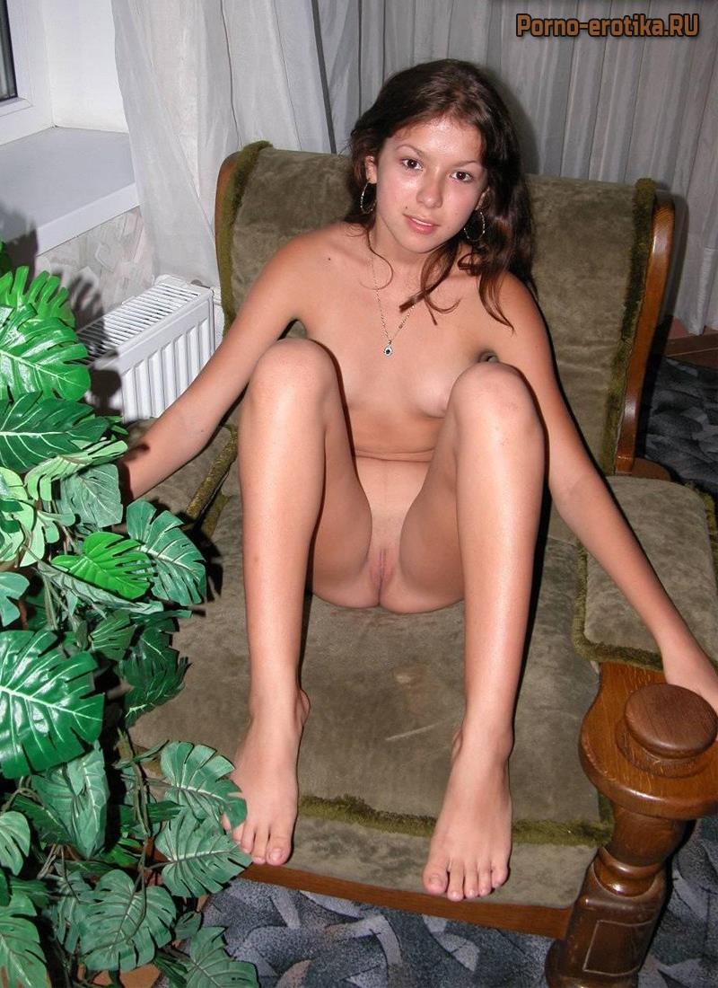 Фото еротическое молодых русских девушек фото 240-253