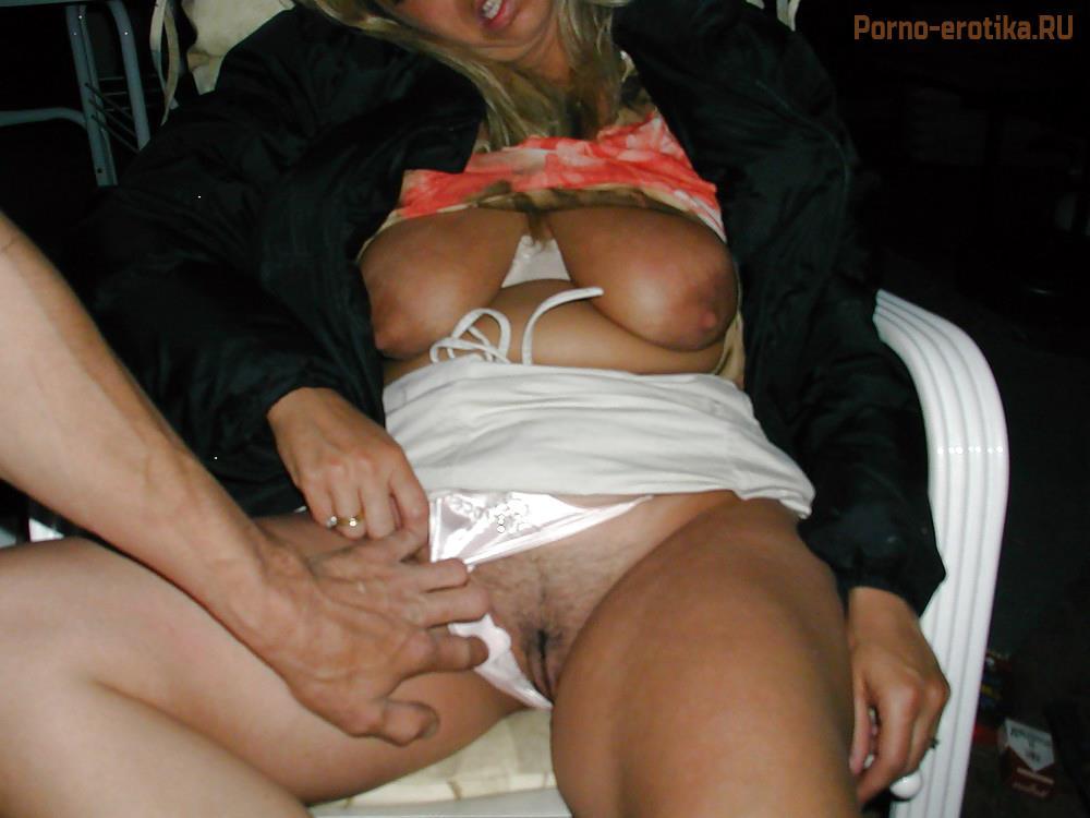 Порно парни обрисовуют издеваются на девушкой фото 33-215