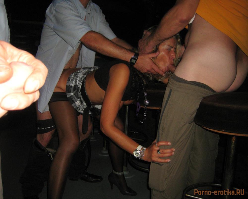 порно телка по кругу