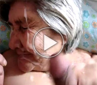 Старой бабке обкончали все лицо